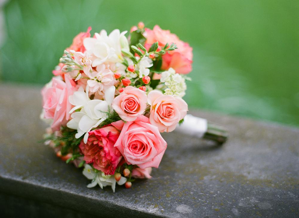 salmon & coral bouquet